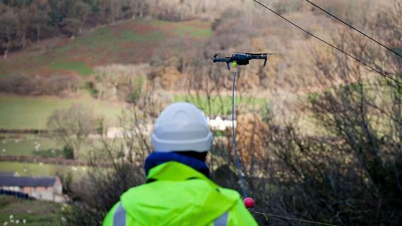 tendido de fibra optica mediante drones